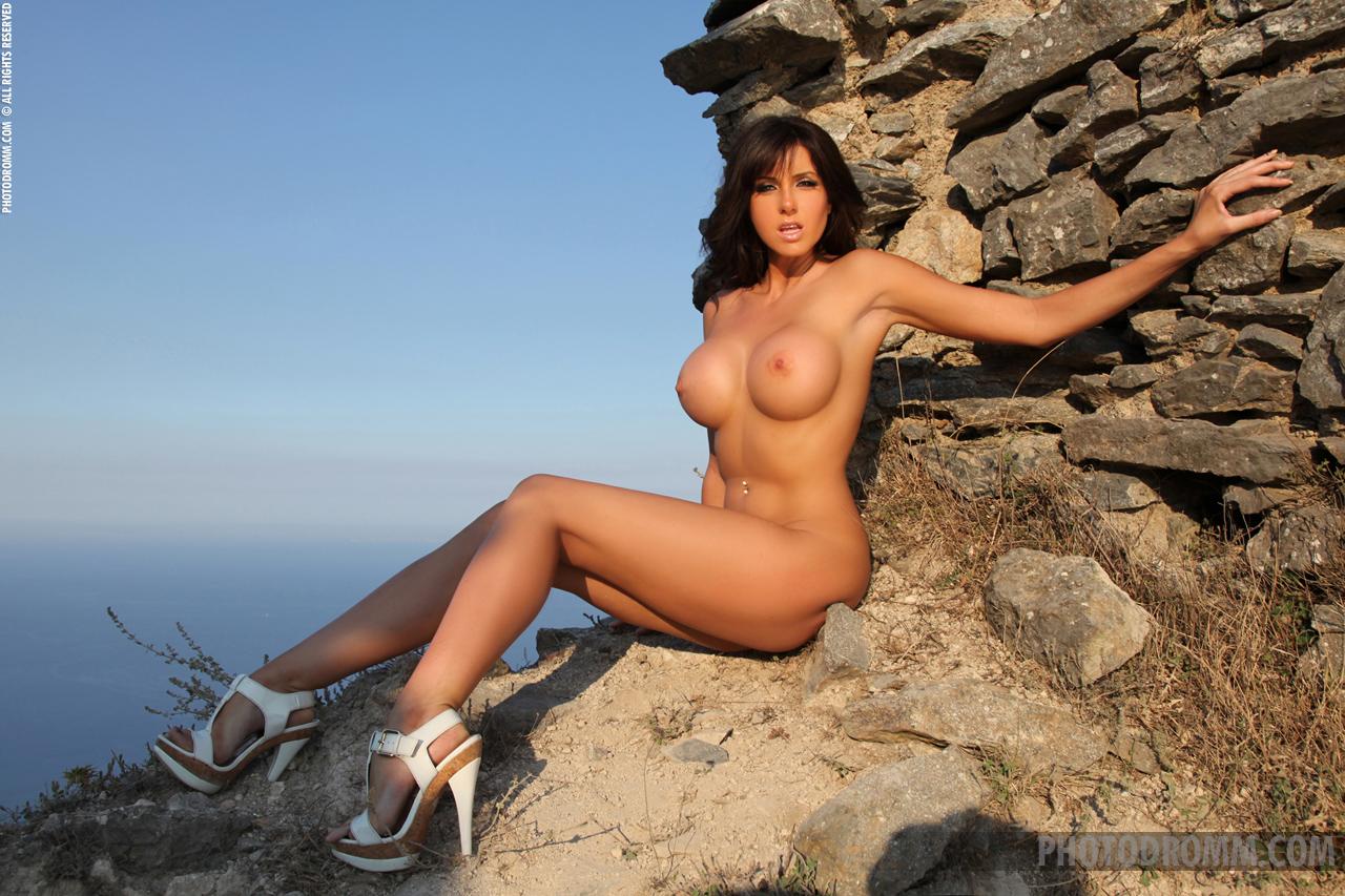 Фото голых девушек в севастополе 5 фотография