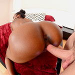 RoundAndBrown ™ presents Malaysia Slick in Cock Gobbler