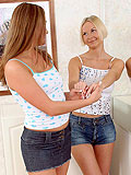 Beautiful teens kiss and bang tight twats in strapon romp