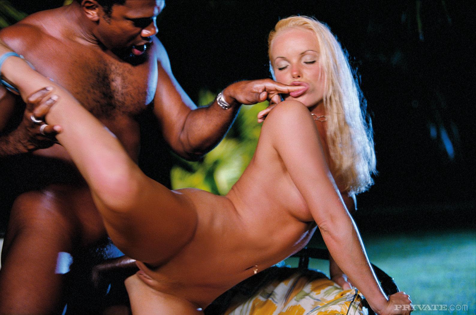 Hot latin pussy videos