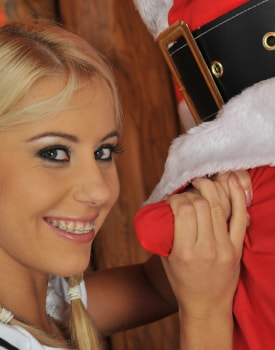 A Guy Dressed as Santa Anally Invades the Very Pretty Amanda