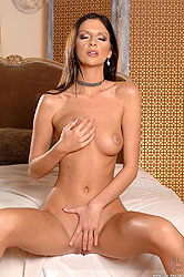 Gorgeous model Bambi is back & nude