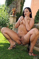 Solo by hot blooded buxom babe aria