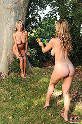 Busty Carol & Jannete playing naked