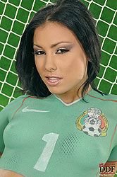 Sexy Mexico fan Aneta Keys naked