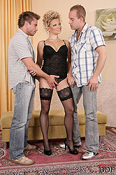 Hot Luciana in hardcore threesome