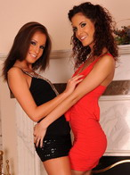 Hot lesbo brunette babes are fisting each other