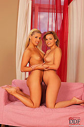 Brandy & Eve having hot lesbian sex