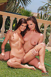Lesbians licking pussy in garden