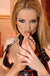 Hot babes in latex feet worshiping