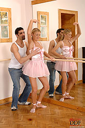 Ballerina babe Daisy gets nailed