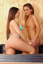 Eve licks pussy in the sauna pool