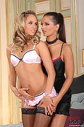 Blonde Alexa & Eve Angel having sex