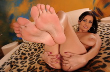 Busty babe offers you her feet her toes her soles