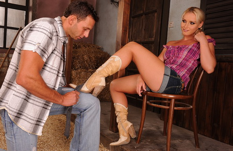 Blonde cowgirl Kathia Nobili gets anal fucked
