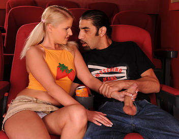 Hardcore fucking action at the cinema with facial