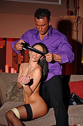 Mya Diamond gets bound too tight