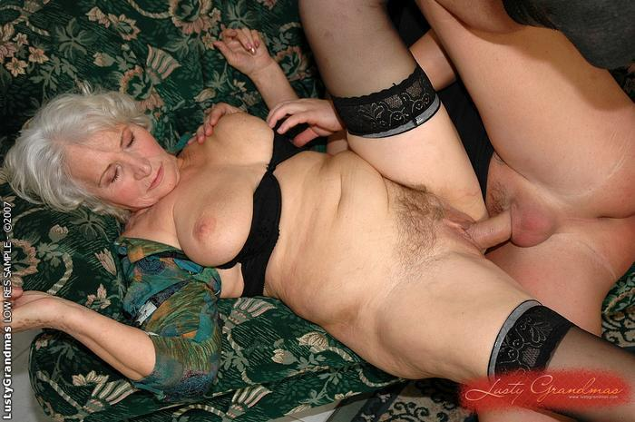 21sextreme granny loves anal sex 2
