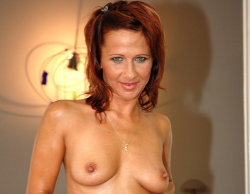 Sexy redhead mature in hard pussy fucking scenes