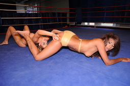 Cindy wants to dominate her rival in the box ring