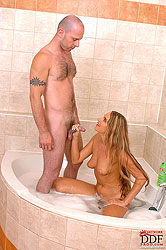 Blonde Suzanne´s bathroom blowjob