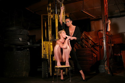 Mandy and Kathia in a magnificant lezdom action