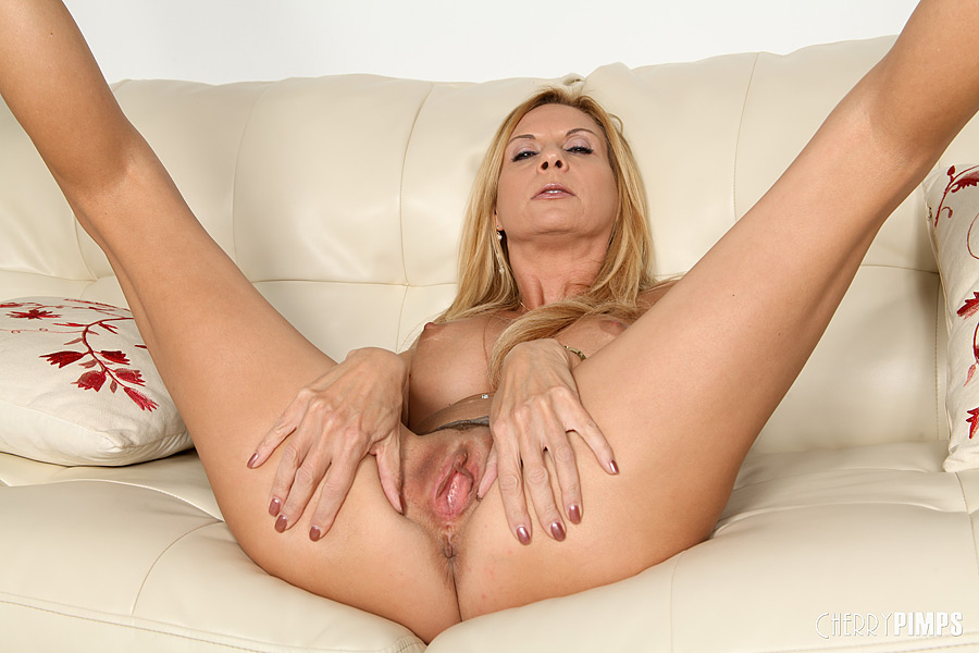 Renata Tavares Ass Toyed Shemales Torrent