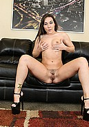 Sinn Sage takes off her bikini to masturbate with vibrator!
