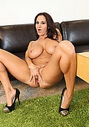 Sexy Ava Addams and her huge MILF boobs masturbate live!