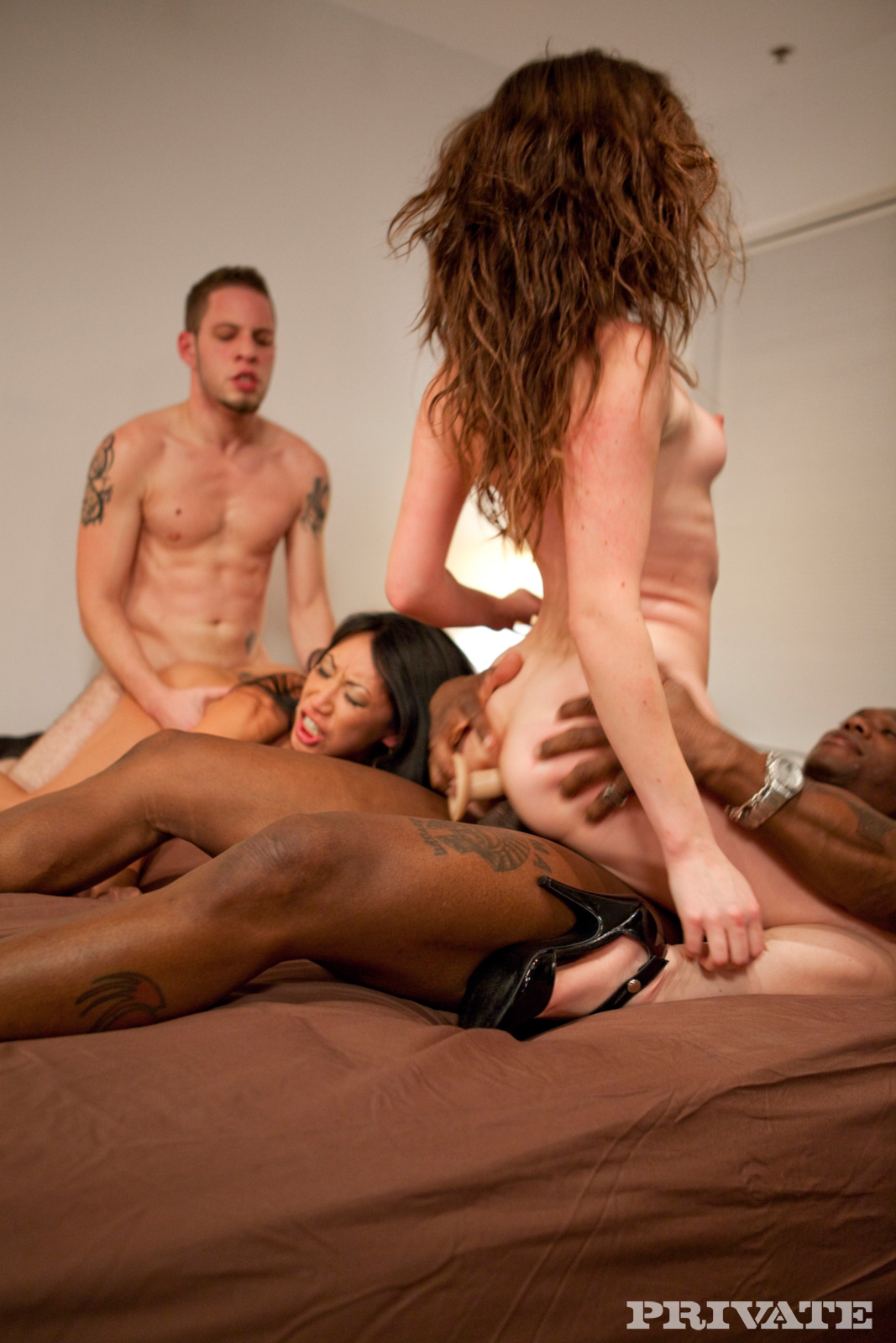 swinger party video