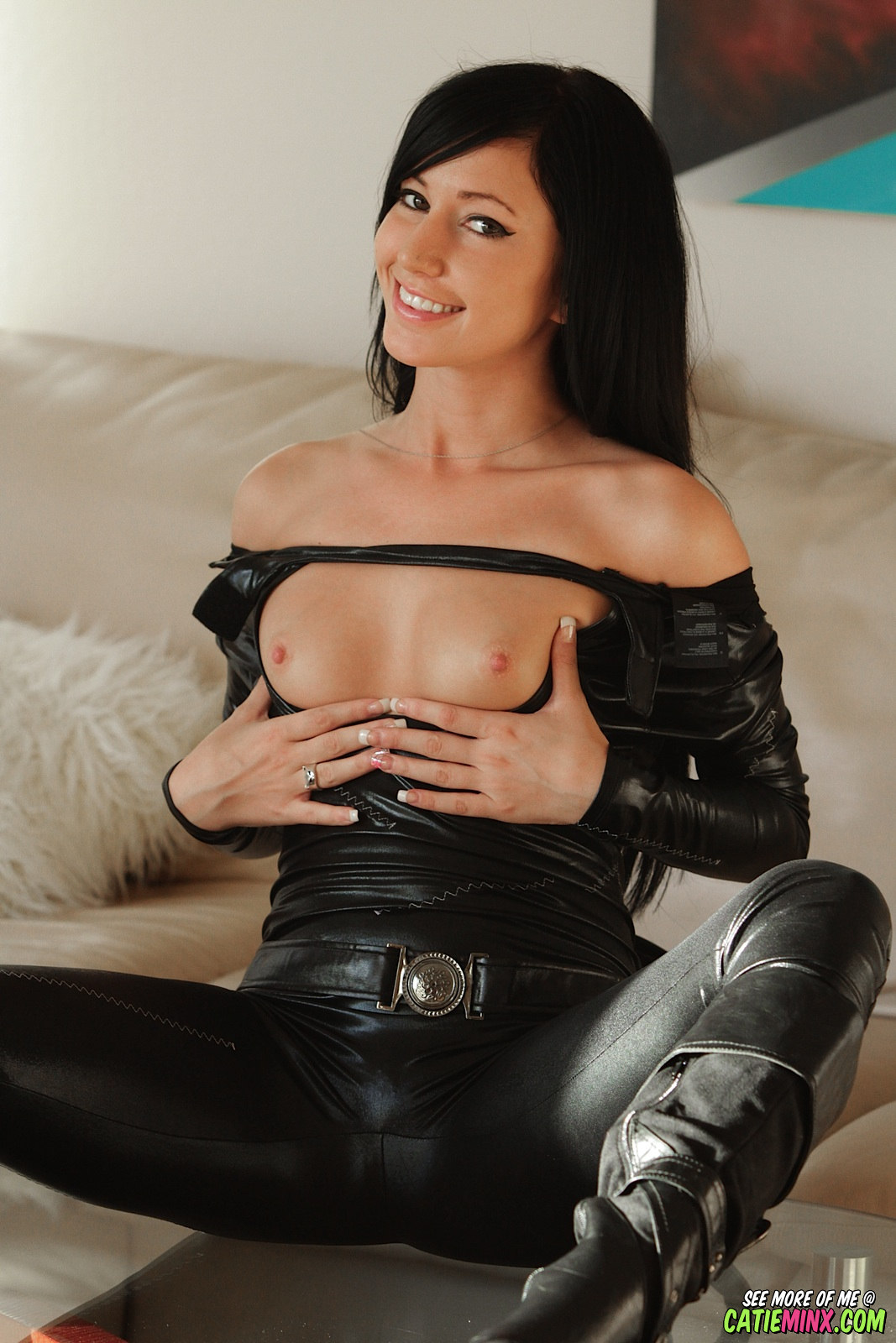pants in tight Sexy girls leather