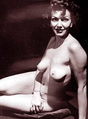Several 30s ladies showing their fine bodies fully naked