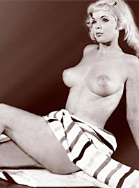 Sexy Candy Barr showing her fine and big natural breats