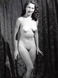 Vintage chicks with hairy pussies posing in the fourties