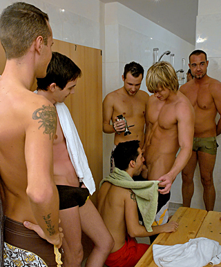 Gorgeous dudes love hardcore gay sex in the public shower