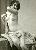 Pretty sexy topless vintagegirls posing in the thirties