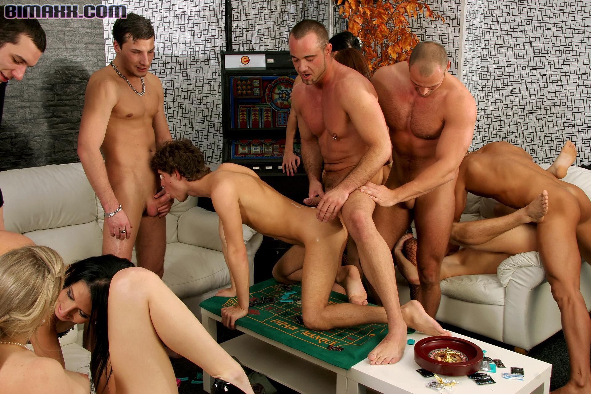 Порно ролики оргия бисексуалов — img 9
