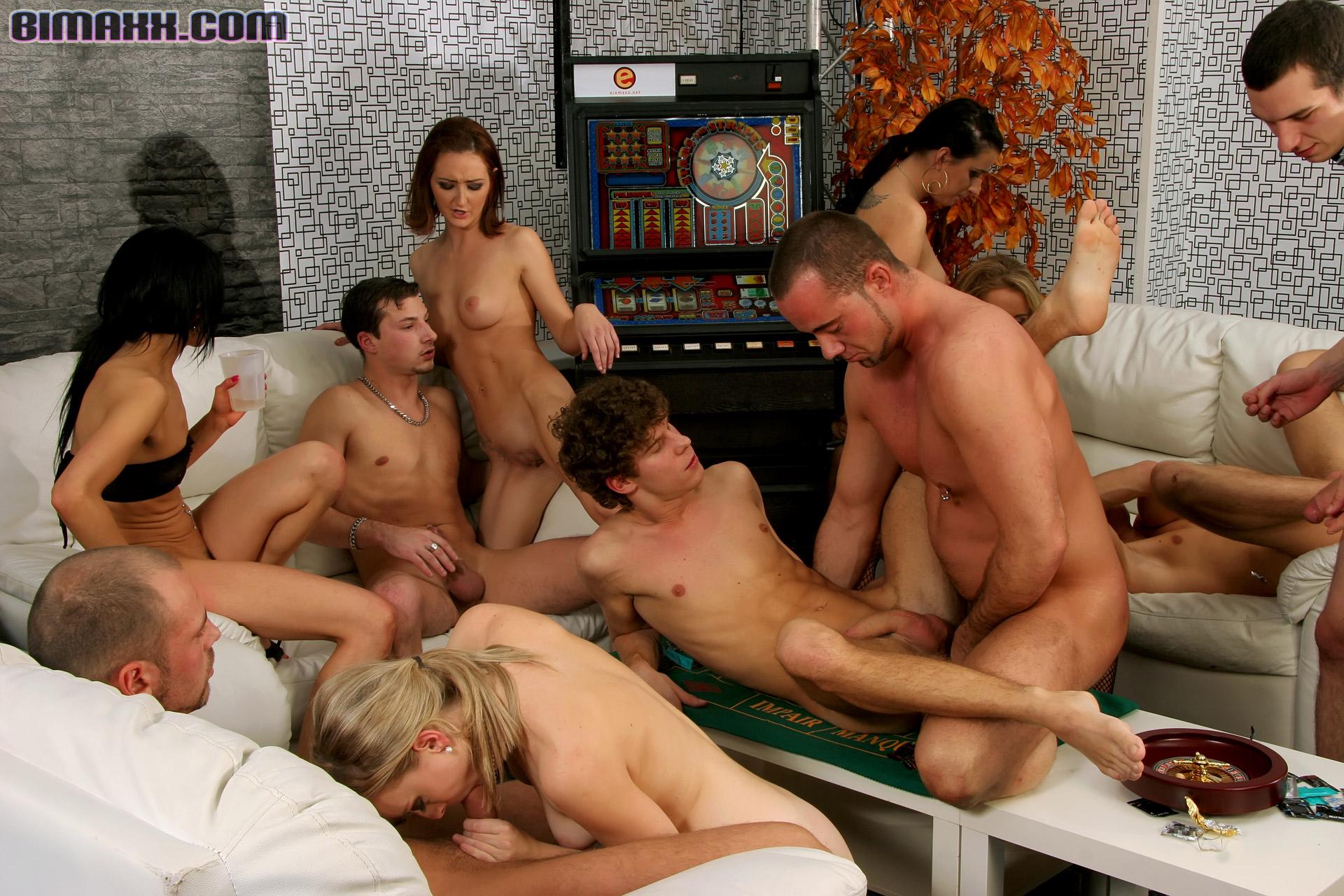 Бисексуалы группа видео