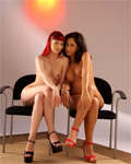 2 hotties shooted in studio and licking pussies....