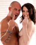 Pauline Cooper fucked in studio by Mike Angelo (1st part)