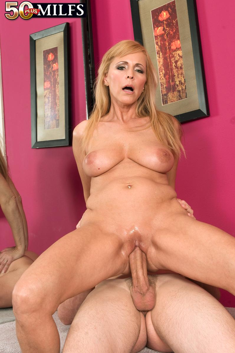 Nicole moore free porn pics