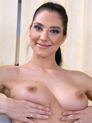 Lara Stevens 3 Private