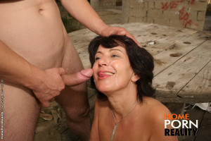 Anal loving mature rides anal cock in the park