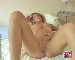 Blonde Tiffany in fisting and speculum stuffing orgy