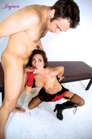 Sexy pornstar Jessica Jaymes is one devious slut that always loves pushing the envelope.