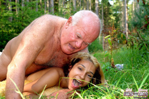 Petite teenager gets her pussy filled by a horny grandpa