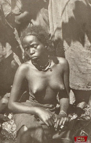 Classic African ladies showing their real vintage bodies