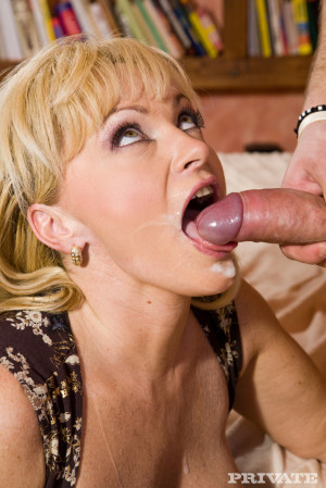 PRIVATE- Blonde MILF Renata Enjoys Anal Sex after Giving Her Lover a Blowjob
