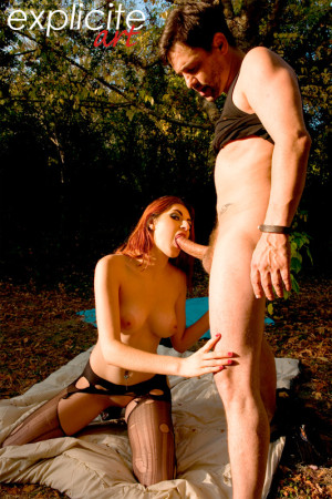 Miss lilith ass fucked by Titof outdoor…