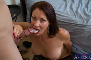 Vanessa Videl & Giovanni Francesco in My Friend´s Hot Mom – Naughty America